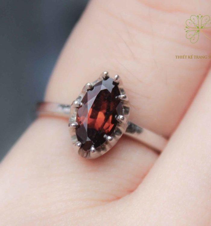 Nhẫn Garnet 1