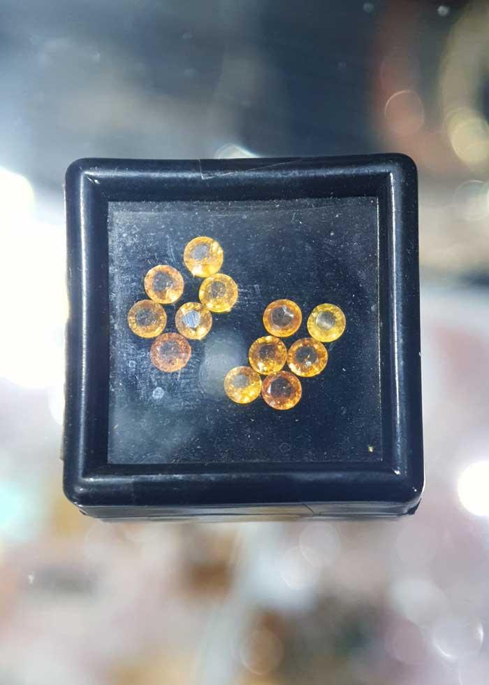 Đá Sapphire Vàng 1mm -4 mm